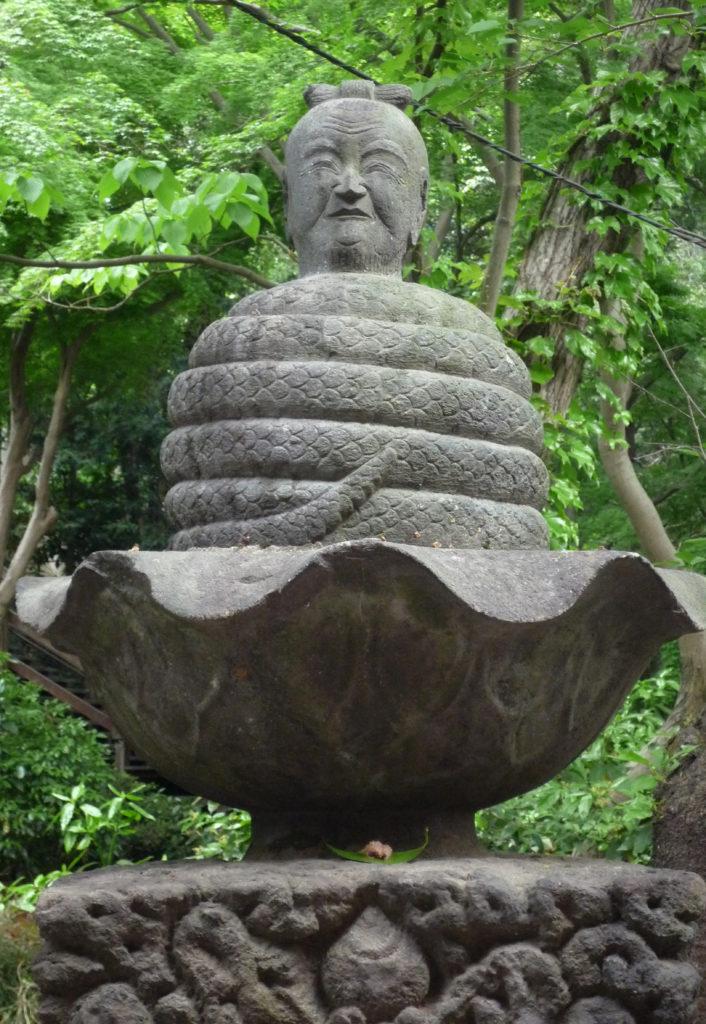 三鷹 井の頭弁財天 宇賀神像、胴体が蛇で頭は人間、農業の神様