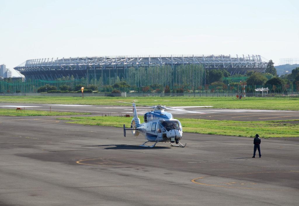 調布飛行場 味の素サッカー場は飛行場のすぐ近くです