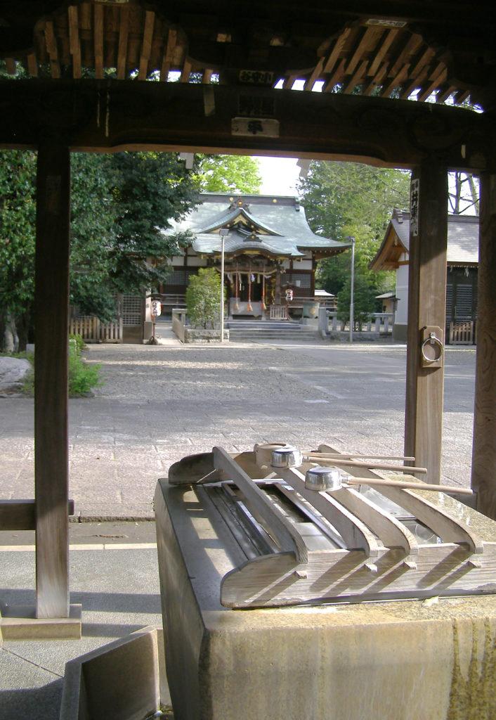 三鷹八幡大神社の境内
